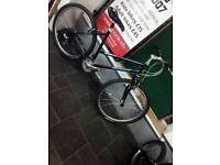 As New Condition Womens Giant Boulder breeze Mountain Bike