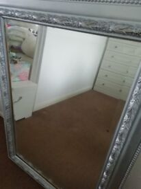 Large bevilled mirror