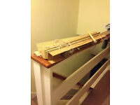 Venetian blinds - 24 inch - IN GOOD CONDITION