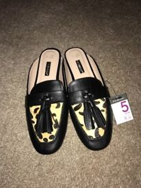 Women's leopard print loafers size 4&5 brand new