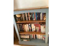 Shelves / Cupboard