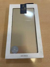 Phone cases/ screen protectors
