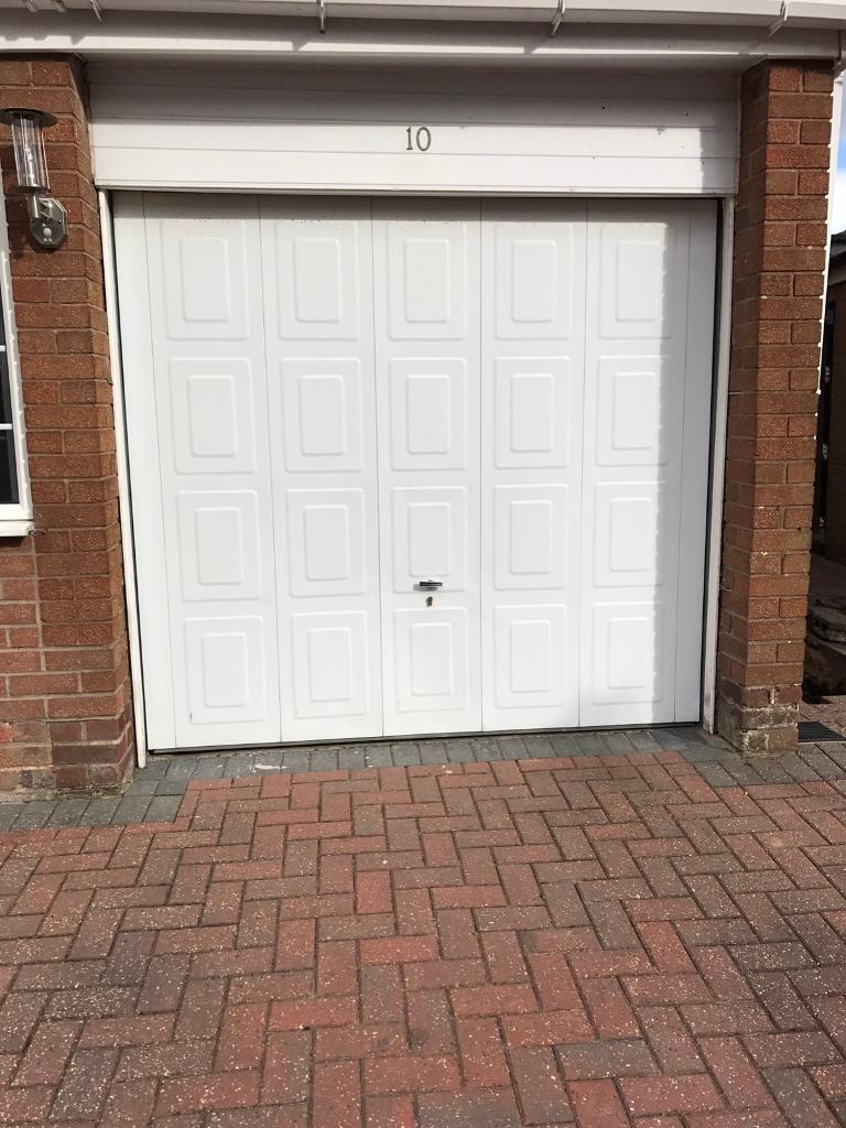 Garage Door Lift Up Lock And Key In Bolton Manchester Gumtree