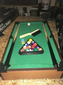 Mini pool table (kids)