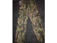 Men's camouflage hunting fishing trousers brand new size 30R