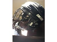 ICE HOCKEY KIT FOR QUICK SALE!!!