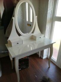 Lovely hermes dressing table