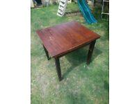 Old oak extendable table