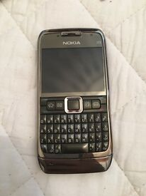Nokia E71 unlocked with charger