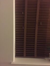 Wooden Venetian blinds with matching tapes