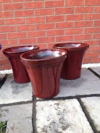 SET OF 3 RED POTS