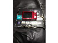 fujifilmdigital camera no charger 12.2 mega pixel