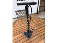 Specialised Free-standing bicycle pump