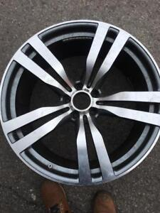 """Mags BMW 22""""pouces.   295/30/22.  335/25/22"""