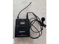 Sony UTX-B2 UHF synthesized transmiter