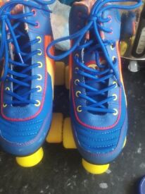 Unisex roller boots size 3 excellent condition bought for £80 new