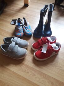 Infant boys shoes size 8