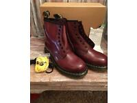 Dr Martens size 7 brand new