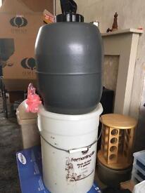 Beer brewing keg