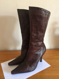 LADIES RIVER ISLAND SOFT DARK BROWN LEATHER STILETTO CALF LENGTH BOOTS UK 6