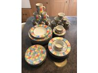 Harlequin Dinner & Coffee Set