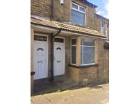 2 Bed House BD4 £80PW