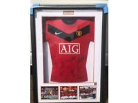 Signed 2009 Manchester United Carling Cup shirt.