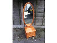 Cheral mirror