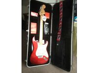 Fender MIM Deluxe Roadhouse Strat' Candy Apple Red+ Westfield Hardcase