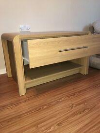 Light Oak veneer coffee table unit