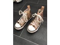 Girls gold glitter shoes, size 10