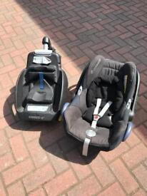 Maxi Cosi car seat and base