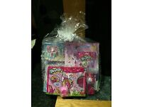 Kids ready made gift set at the price u need them