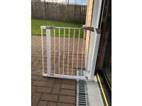 Lindam baby stair gate with extension