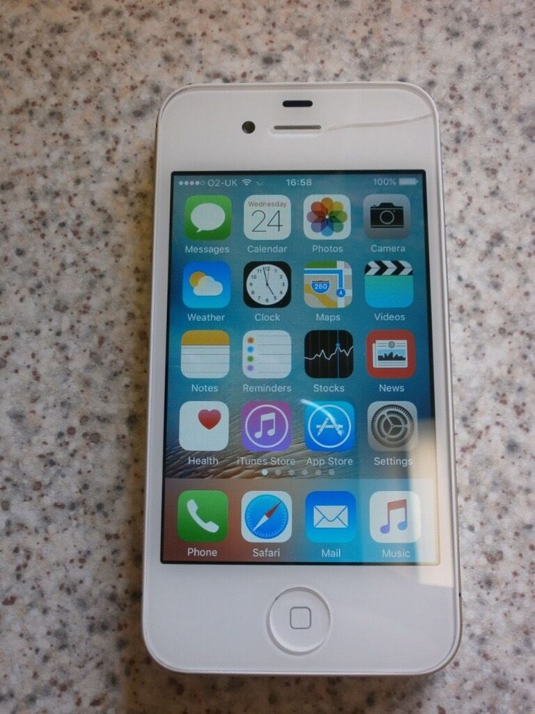 where can i sell my iphone apple iphone 4s 16gb white in grimsby lincolnshire 3793