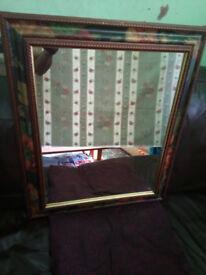 Mirror in Flower pattern frame