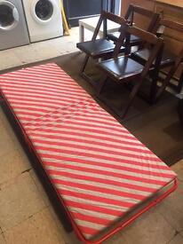 Folding single Z bed