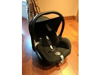 MaxiCosi Cabriofix car seat and base