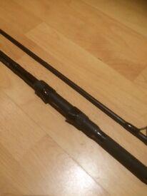 Daiwa Black Widow carp rod