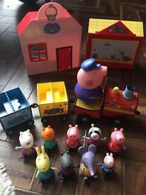 Peppa Pig Grandpa's train, Peppa figures & shops