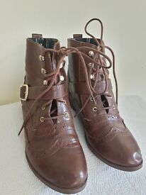 Ankle boots size 6 leather buckle brown