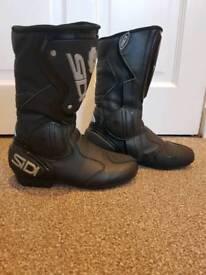 Sidi ladies motorbike boots