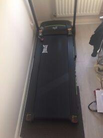Treadmill - Everlast XV7 - Virtually Brand New