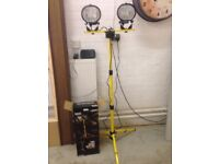 Industrial dual halogen spot lamps on tripod brand new