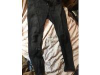 Men's 34 in stretch skinny Zara jeans in grey