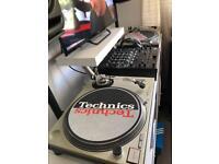 TECHNICS SL1200 mk2 + slipmats + systems shure m44-7 + cases