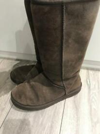 Genuine brown ugg boots size 6