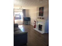 Lovely 3 bed mid terraced house for sale in Ferniehill Drive Edinburgh