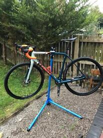 Trek Boone 7 cyclocross Bike
