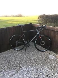 Giant Defy 3 Advanced. Carbon Road Bike